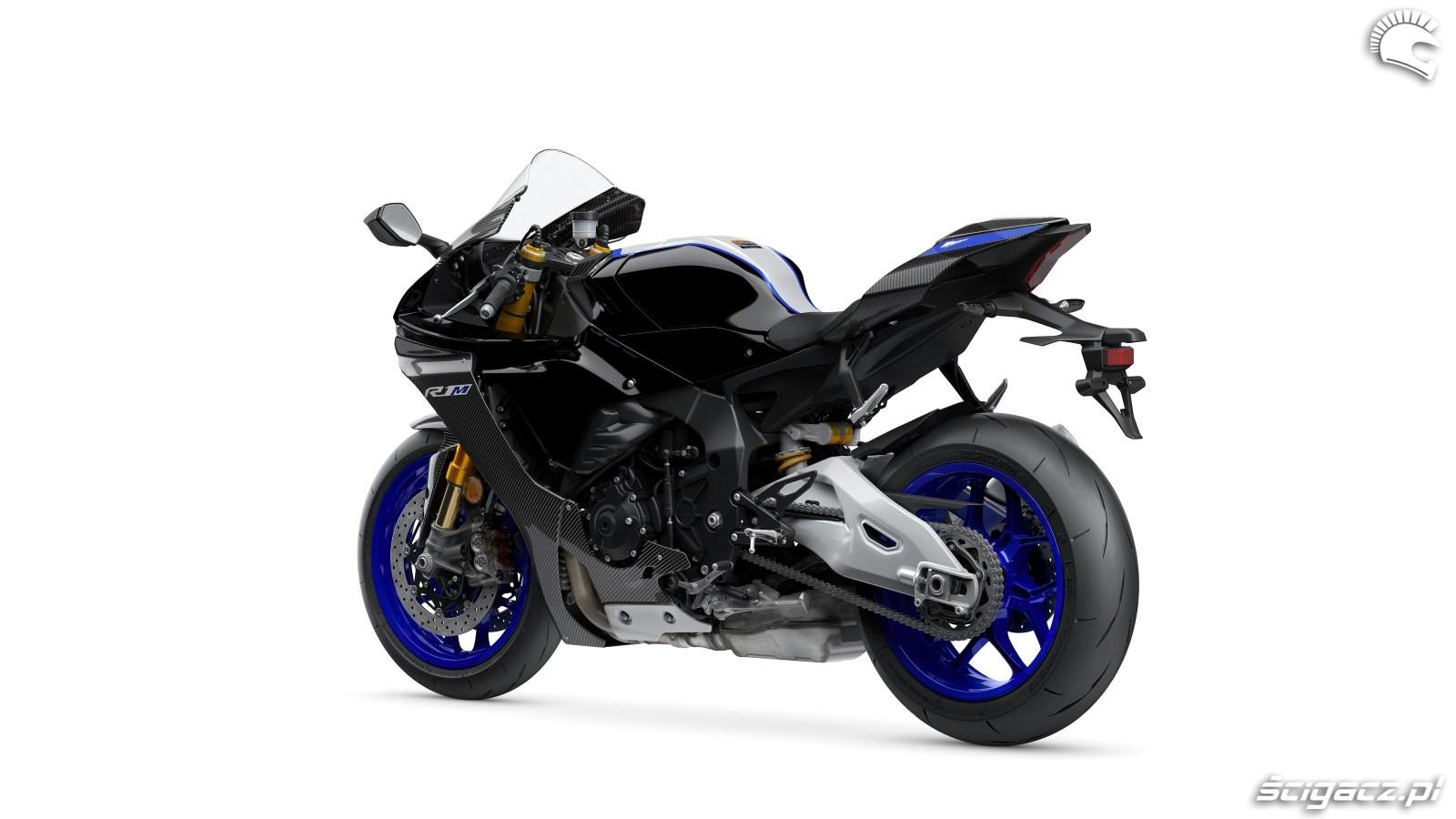 101 Yamaha R1 2020 studio 3