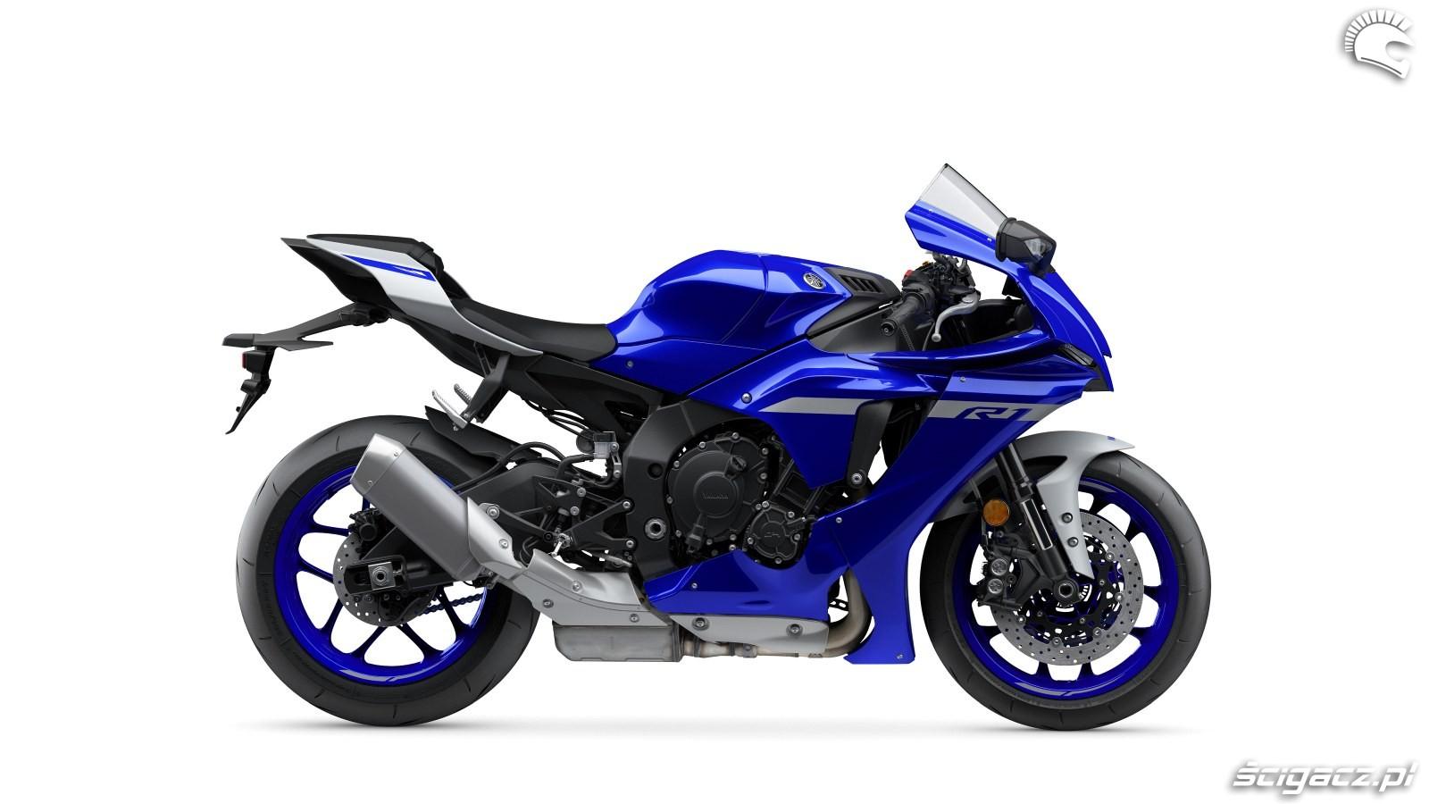 103 Yamaha R1 2020 studio 5
