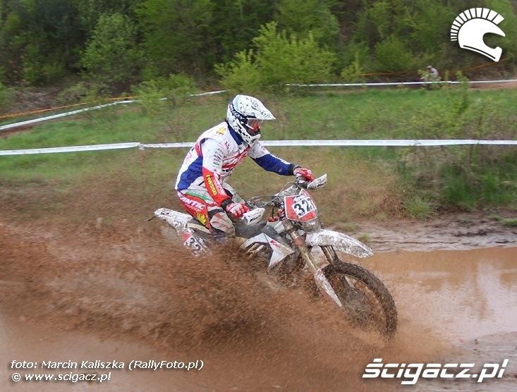 Puchar MACEC Mistrzostwa Europy Mistrzostwa Polski Puchar Polski - Enduro w Kielcach 2011 (16)