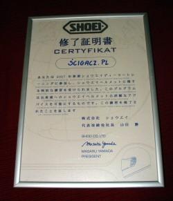 34 certyfikat szkolenia Shoei scigacz pl