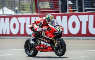 Chaz Aruba Ducati Corse World Superbike Team  m