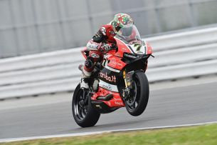 Davies Aruba Ducati Corse World Superbike Team  m