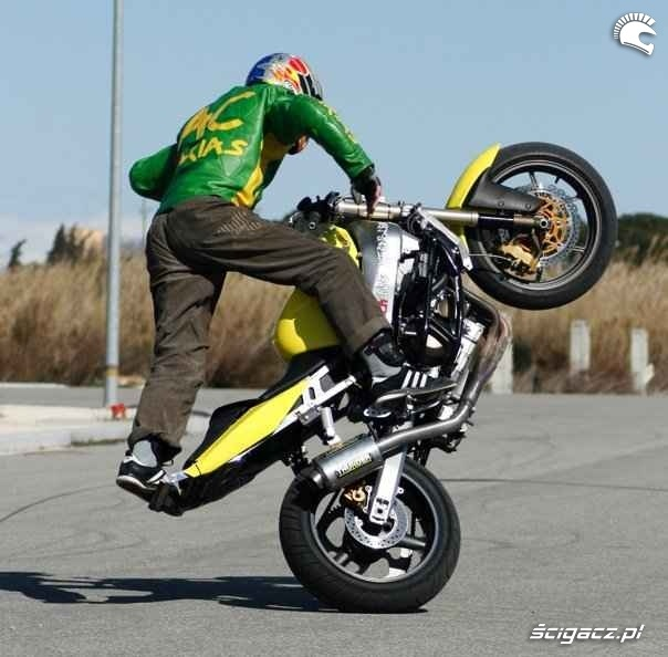 Kawasaki 636 cyrkle AC Farias