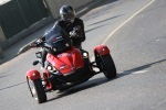 Can-am Spyder 990 lewy zakret