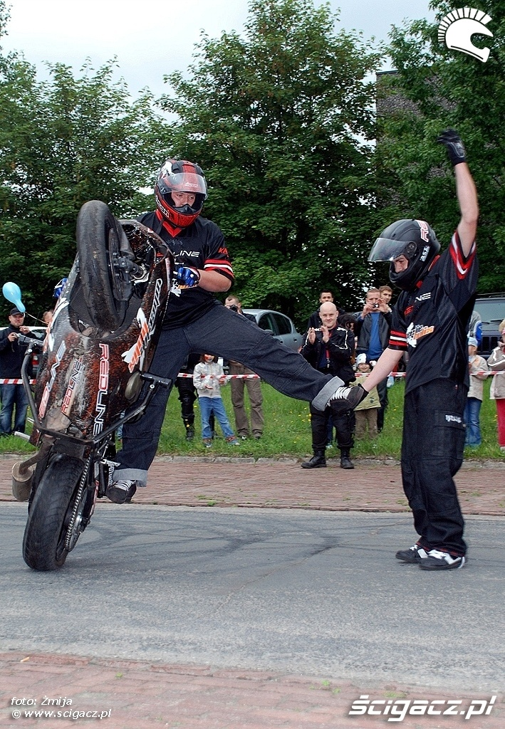 Pokaz motocyklowy dla dzieci