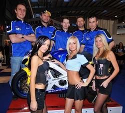 Suzuki Grandys Duo Team i dziewczyny