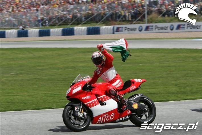 2006 Capirossi z flaga