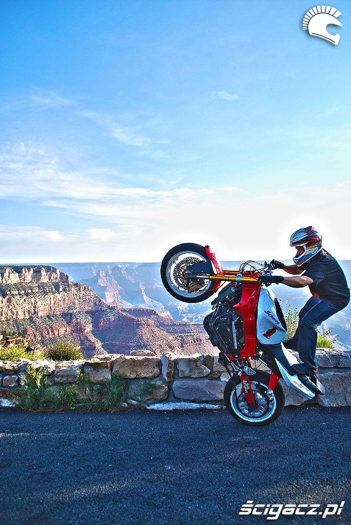 Grand Canyon Stall wheelie