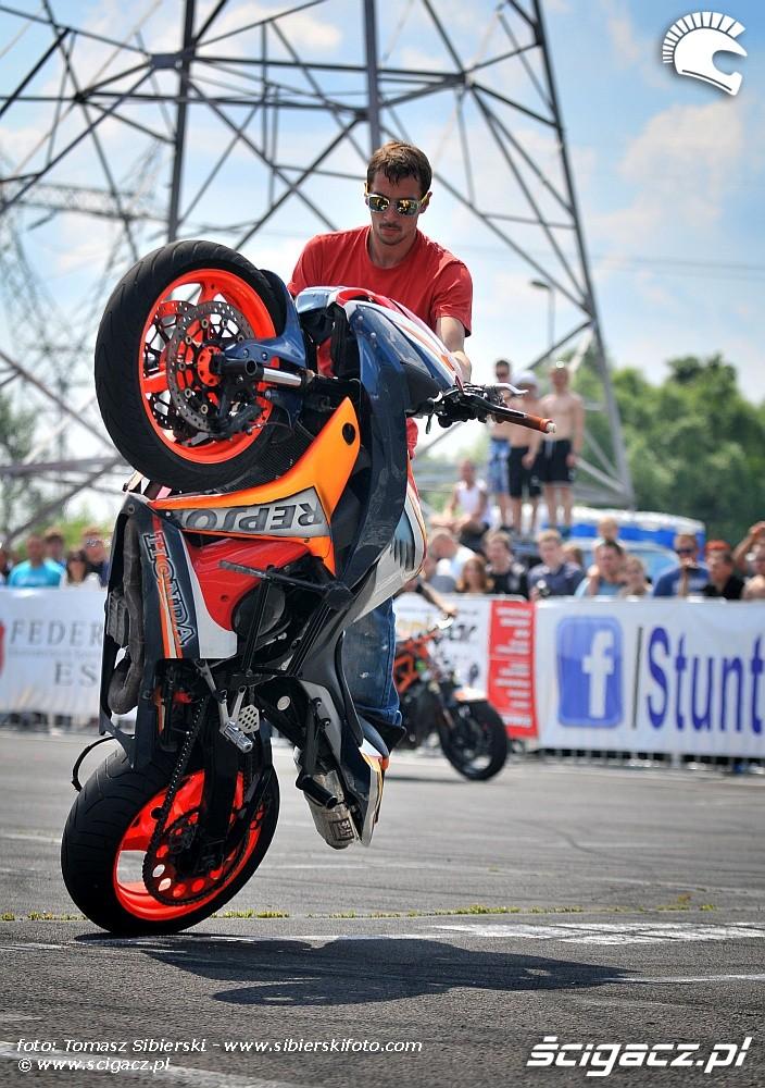 Damien Van theemsche cyrkle