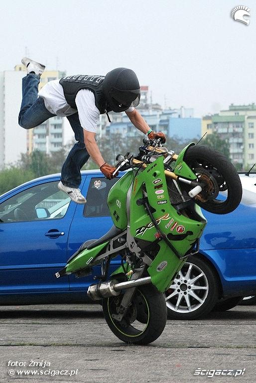 Kawasaki ZX6R Czesio stunt show