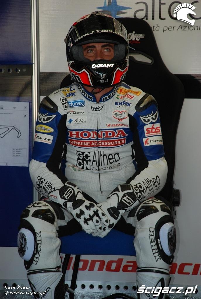 Honda Althea Racing rider