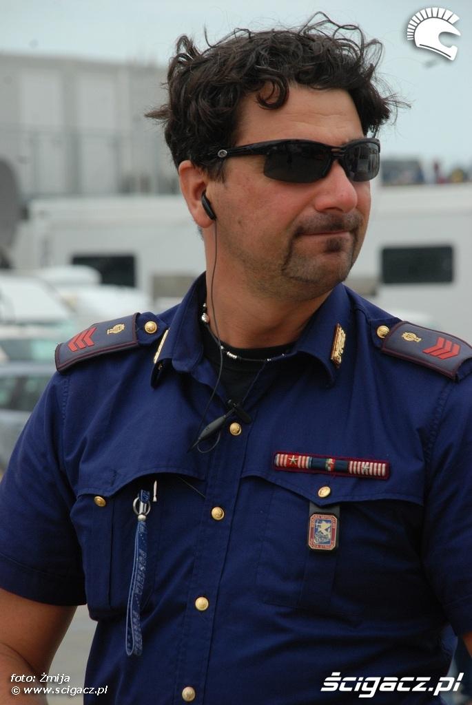 wloski policjant zdjecie