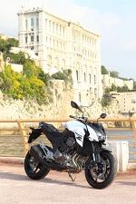 Kawasaki Z800 przy murach