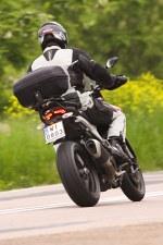 ducati w zakrecie Ducati Hyperstrada