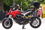 lewa strona Ducati Hyperstrada