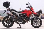 prawa strona Ducati Hyperstrada