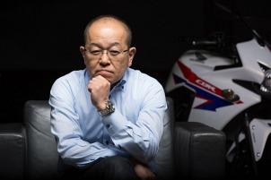 Szef projektu CB500  Naoshi Iizuka