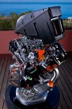 KTM 1190 LC8 Adventure 2013 przekoj silnika