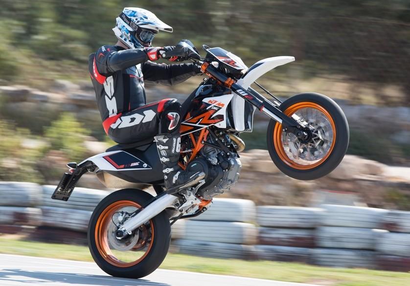 Honda Motocross Bikes KTM 690 SMC R ABS - cy...