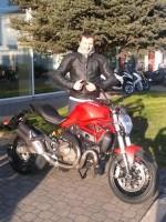 Ducati Monster nie ma lekko w Scigacz pl