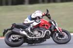 Na torze Ducati Monster 821