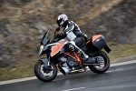 KTM Super Duke 1290 GT testy