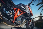 KTM Super Duke 1290 GT z dolu