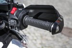 prawa manetka Triumph Explorer XD