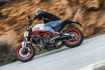 barry testuje ducati monster