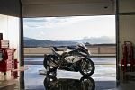 BMW HP4 Race 090