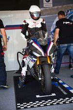 hp4 race w paddocku