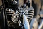Triumph Bonneville T100 kolektor