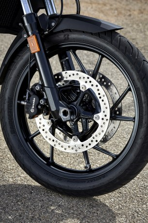 BMW F 750 GS STATIC FRONT WHEEL