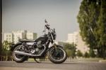 Moto Guzzi V9 Roamer 2018 02