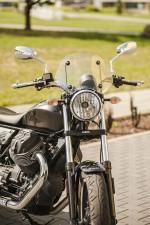 Moto Guzzi V9 Roamer 2018 16