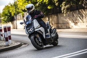 BMW C 400 X test 2019 02