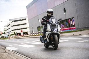 BMW C 400 X test 2019 12