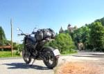 Benelli Leoncino Trail Zamek Drakuli Bran Rumunia