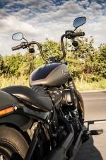 Harley Davidson Street Bob 2018 test 51