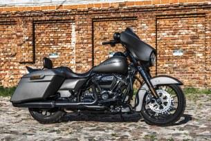 Harley Davidson Street Glide Special test 2019 01