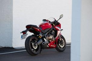 Honda CBR650R 2019 statyka 04