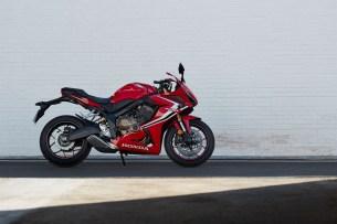 Honda CBR650R 2019 statyka 07