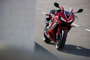 Honda CBR650R 2019 statyka 13