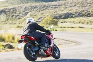 Honda CBR 650 R 2019 dynamika 01