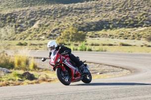 Honda CBR 650 R 2019 dynamika 02