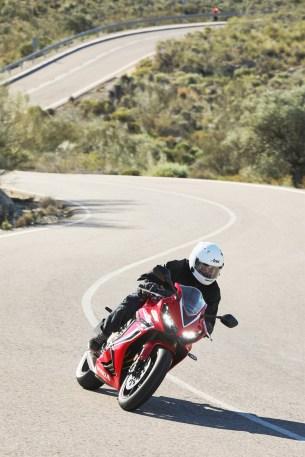 Honda CBR 650 R 2019 dynamika 06