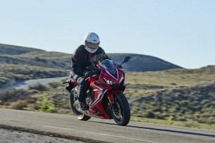 Honda CBR 650 R 2019 dynamika 20
