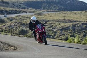 Honda CBR 650 R 2019 dynamika 22