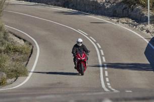 Honda CBR 650 R 2019 dynamika 25
