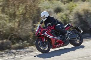 Honda CBR 650 R 2019 jazda